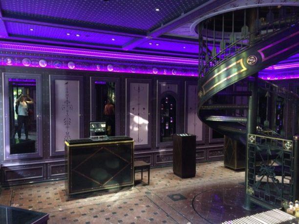 Serge Lutens et sa boutique parisienne